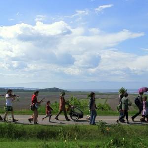 1-Procession du haricot saint-Sacrement, Kamouraska, juin 2012 (Les Productions des Films de l'Autre)